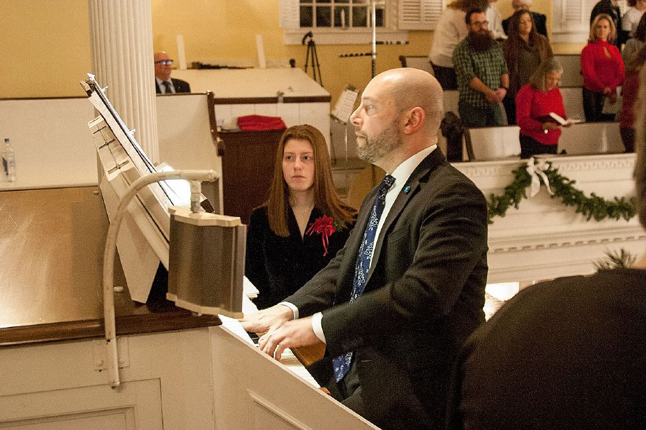 Al Valerio/Cheshire Herald - The Festival of Carols was held at First Congregational Church on Saturday, Dec. 15.