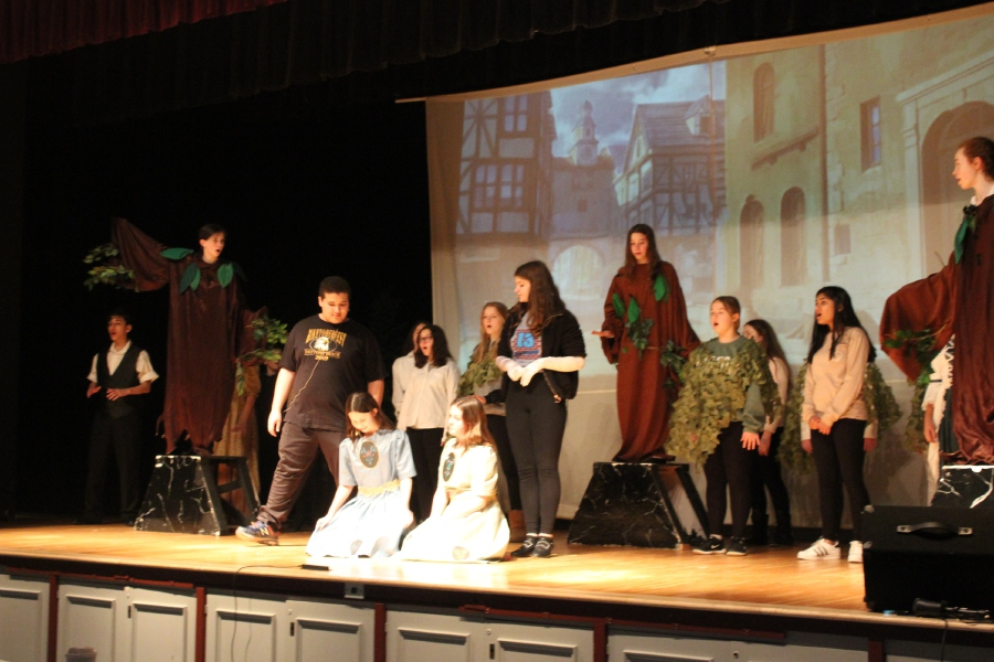 "Mariah Melendez/Cheshire Herald – The cast of ""Frozen, Jr."" will take to the stage this weekend at Dodd Middle School."