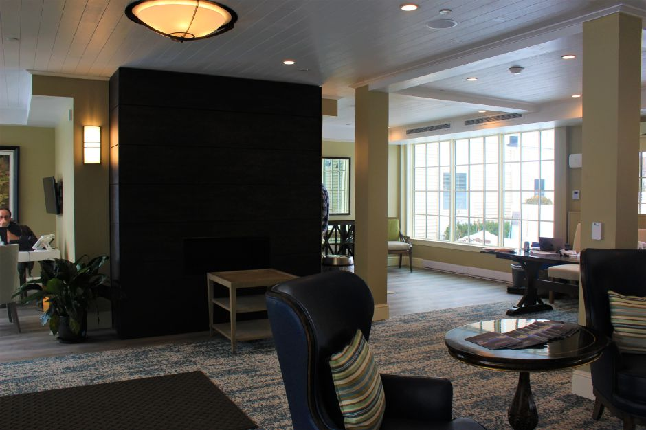 Mariah Melendez/Cheshire Herald – Downstairs lobby at Marbridge Retirement Center.